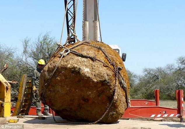 Thiên thạch nặng 30 tấn lao vào Trái đất cách đây 4.000 năm