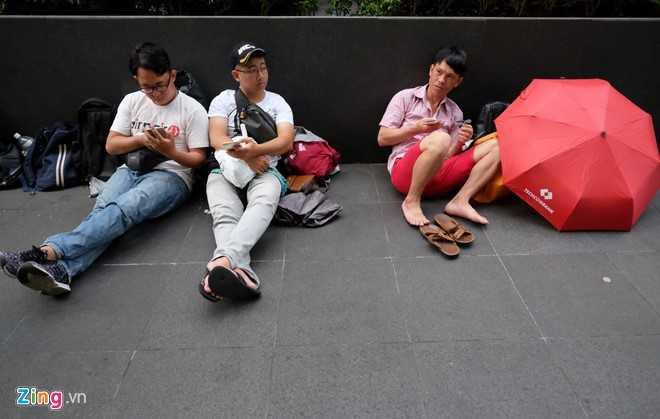 Mua iPhone 7 o Singapore: Tranh cai va bi giai tan hinh anh 2