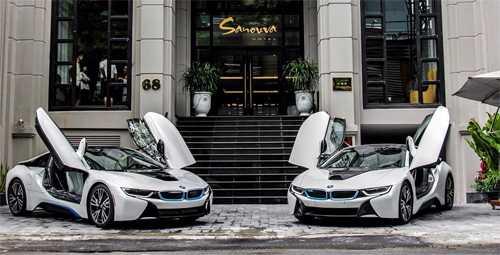 Chiếc đang được chủ nhân bán lại là một trong số 2 xe màu trắng về trong năm 2015. Ảnh: Thanh Tùng.