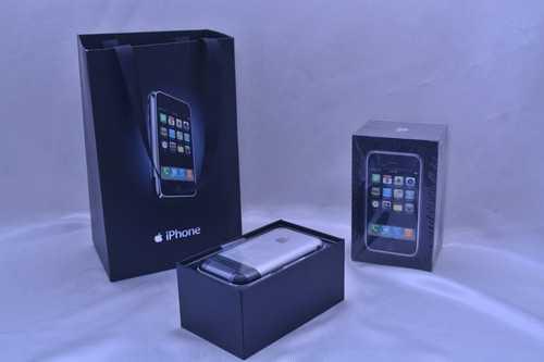 Một chiếc iPhone 2G nguyên bản đã bị bóc seal được bán với giá 6900 USD (hơn 153 triệu đồng)trên eBay.
