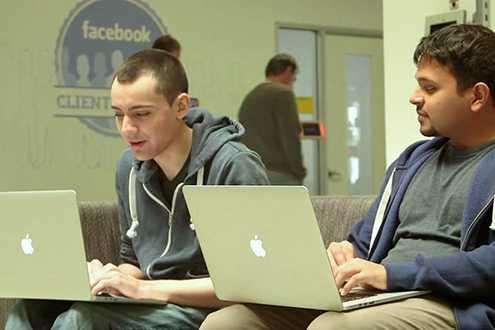 Nhân viên thực tập Facebook kiếm được 7.500 USD mỗi tháng