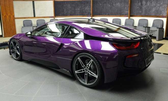 BMW i8 do chinh hang mau doc tai Abu Dhabi hinh anh 1