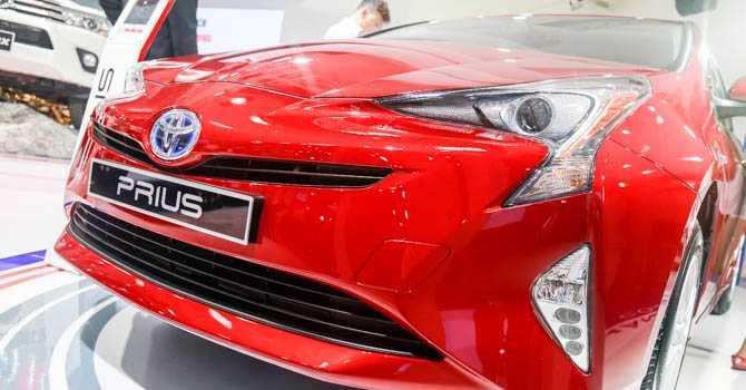 Toyota Prius 2017 mẫu xe siêu tiết kiệm xăng