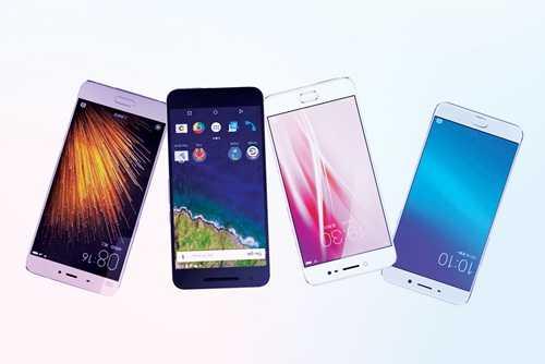 Điện thoại của Oppo (trái), Vivo, Huawei, Xiaomi.