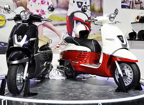 peugeot trung bay xe co 87 nam tuoi tai motoshow 2016 hinh anh 1
