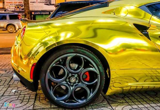 Alfa Romeo 4C Sai Gon ma vang phong cach dan choi Dubai hinh anh 7