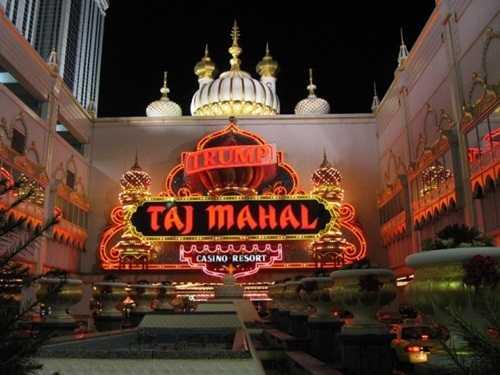 Sòng bài Trump Taj Mahal ở Atlantic City.