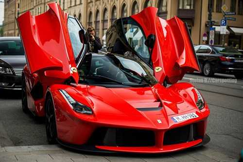 LaFerrari thu 500 tro thanh chiec xe dat nhat the ky 21