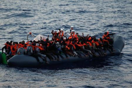 Chim tau o Libya, tàu chìm ở libya, chìm tàu 120 người mất tích, chìm tàu, tai nạn tàu, tàu chìm, tàu chìm ở Libya, Gargaresh, Tripoli, tin thế giới, tin tức mới nhất, tin quốc tế, thời sự, tin tức mới nhất , tin trong ngày, vtc.vn, vtc news - 1