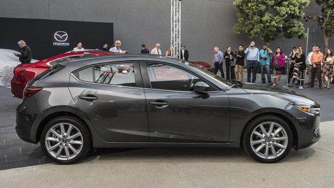 Cận cảnh Mazda 3 bản nâng cấp tại Thái Lan, giá từ 560 triệu đồng ảnh 4