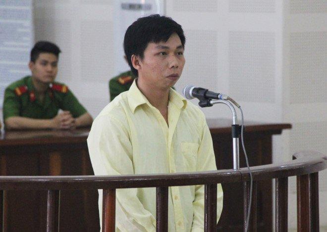Giết em trai hiếp dâm chị gái ở Đà Nẵng, giết người hiếp dâm, 30 năm tù, giết em trai chủ quán cà phê, hiếp dâm, giết người, án mạng, tin tức, an ninh hình sự, pháp luật, tin tức trong ngày, báo đà nẵng, pháp luật hôm nay, báo pháp luật, tin tức 24h, vtc, vtc news, vtc.vn - 1
