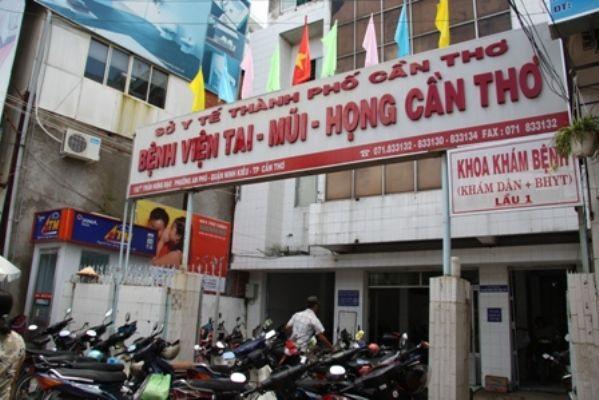 Hinh anh Mot giam doc benh vien xin ra Dang va nghi viec - Dai Doan Ket 5