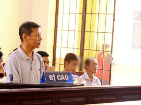 Bị cáo Nguyễn Phúc tại tòa.