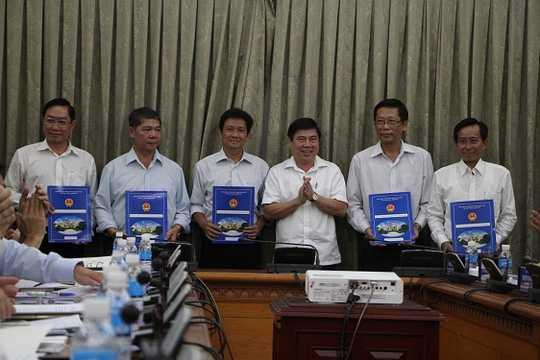 TP HCM: Công bố quyết định bổ nhiệm lãnh đạo sở ngành