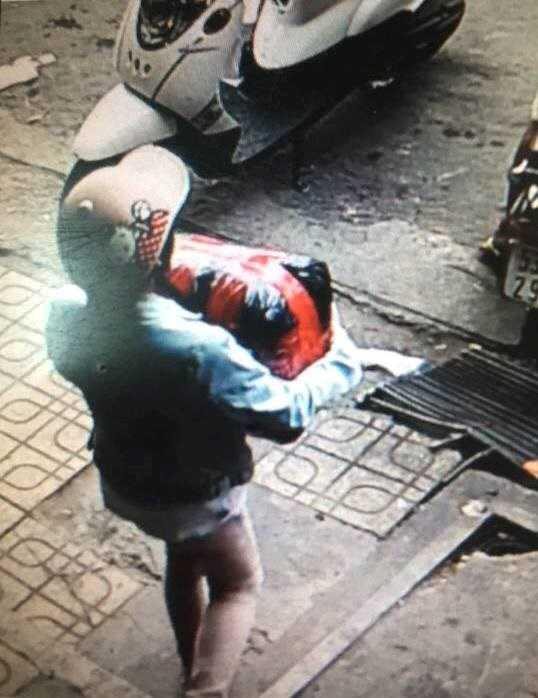 Mẹ dùng chiêu để con gái 13 tuổi trộm cắp tài sản
