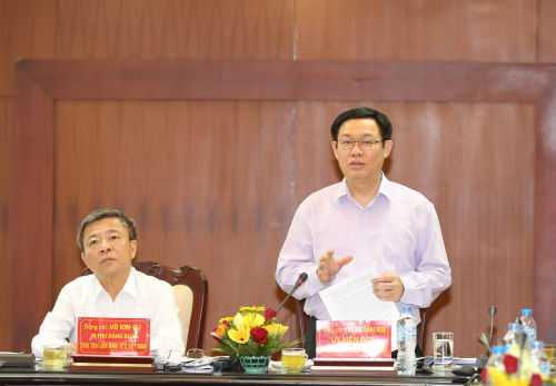 Phó thủ tướng Vương Đình Huệ nhấn mạnh, việc tổ chức các chuyến đi công tác nước ngoài không phải để vui, mà phải thực sự hiệu quả. Ảnh: Thành Chung
