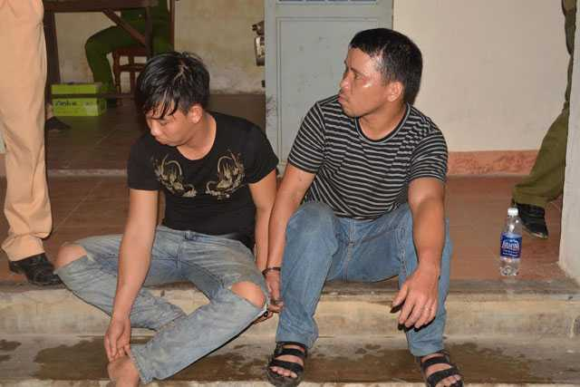 quang nam: csgt truy duoi xe cho go lau nhu phim hanh dong hinh anh 2
