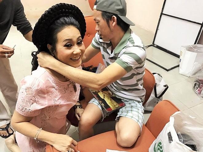 Nghe si Thanh Hang: 'Toi tung phai lam mong, co toilet de muu sinh' hinh anh 4