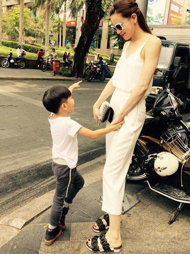 Hinh anh Lieu Ho Ngoc Ha co nhat thiet phai chen ep Minh Hang? 8