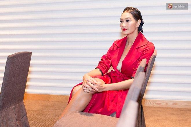 Scandal HLV đi trễ và Hữu Vi ngồi lên bàn của The Face Vietnam được lên hẳn talkshow Thái Lan! - Ảnh 3.