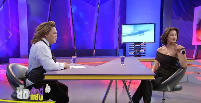 Scandal HLV đi trễ và Hữu Vi ngồi lên bàn của The Face Vietnam được lên hẳn talkshow Thái Lan! - Ảnh 1.
