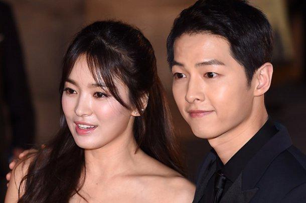 Dai truyen hinh tung bang chung Song Hye Kyo - Song Joong Ki hen ho hinh anh 1