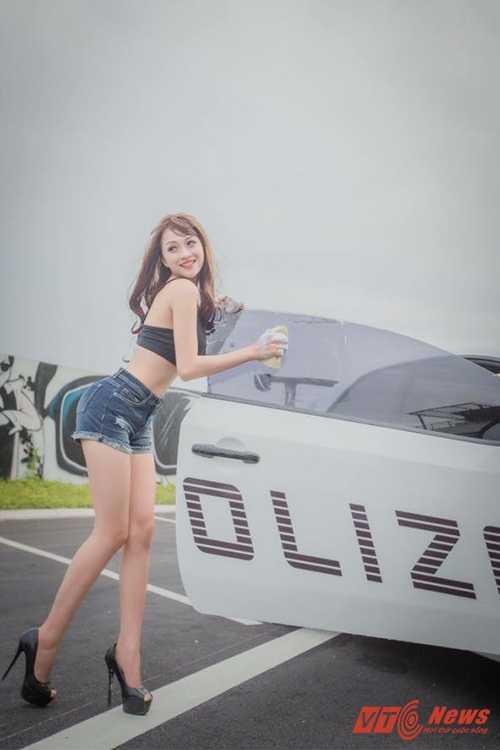 DJ Trang (17)