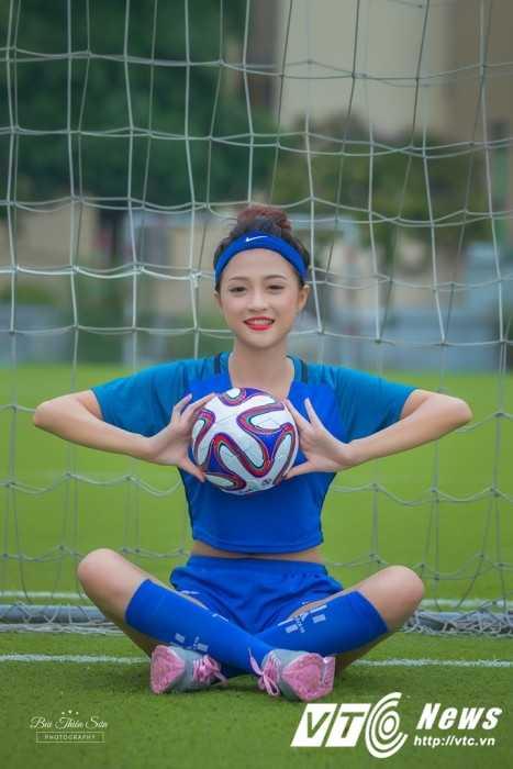 Trang DJ doi tuyen Phap (1)