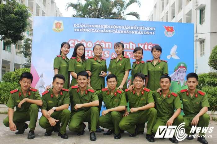Tan hoc vien T38 (20)