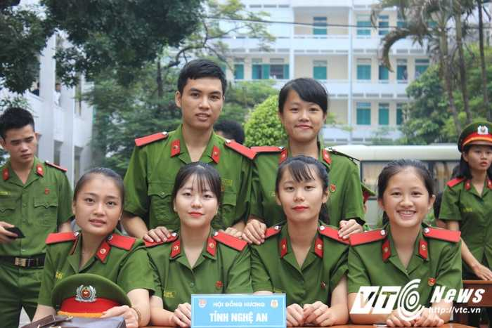 Tan hoc vien T38 (6)