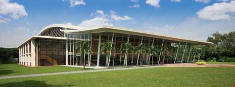 Ngôi trường có cơ sở vật chất sang chảnh nhất TP.HCM - ảnh 5