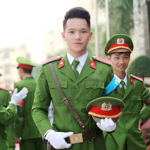 5-nam-sinh-dien-trai-tai-nang-hoc-vien-canh-sat-4