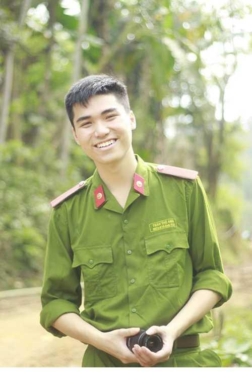 nam-sinh-dien-trai-tai-nang-truong-hoc-vien-canh-sat-3