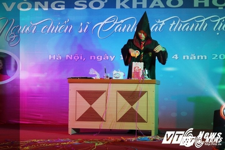 Hinh anh Clip toan canh vong so khao T38