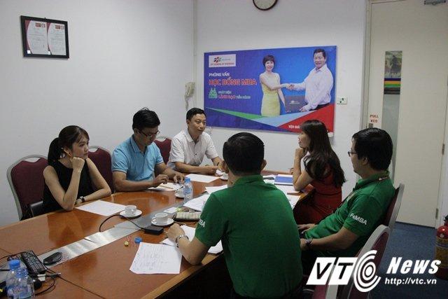 Hinh anh Co hoi gianh hoc bong MBA 100 trieu dong cho nguoi dat diem AQ tren 150 16