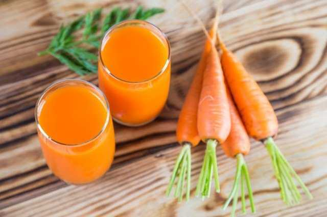 Carrots-and-carrot-juice-