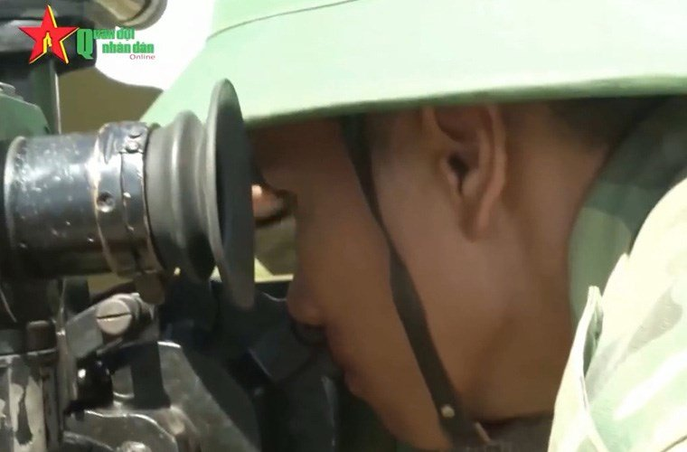 dang-gom-khau-phao-ban-20-phatphut-bao-ve-dao-viet-nam-hinh-7 7