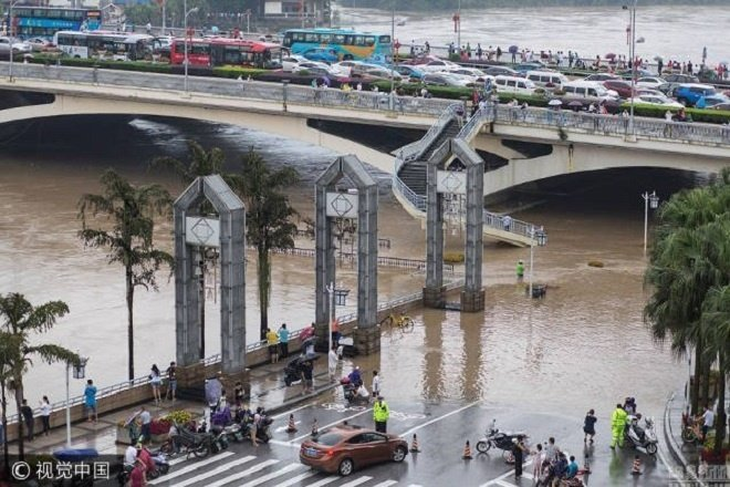 guilin-flooding2-1499138671_680x0 4