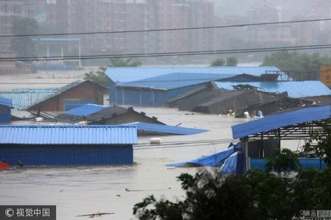 hunan-flooding7-1499138684_680x0 7