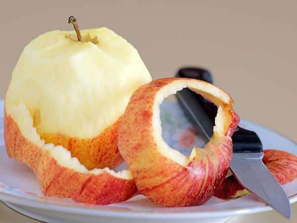 x16-1489643152-applepeel.jpg.pagespeed.ic.8gohQ-_sJk