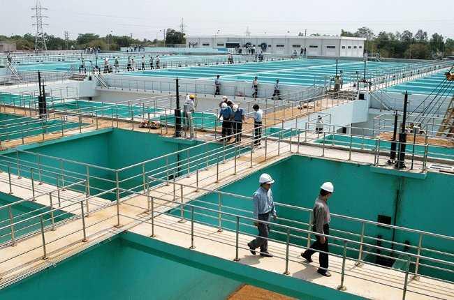 Nhu cầu sử dụng nước sạch của người dân Thủ đô sẽ được đảm bảo sau khi hai nhà máy nước mới đưa vào sử dụng - Ảnh: Minh họa