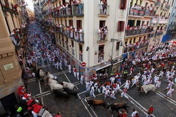 San-Fermin-Running-of-the-Bulls-festival-Pamplona