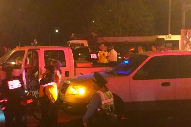 Many-injured-after-truck-ploughs-into-crowd-at-Mardi-Gras-in-New-Orleans (2)