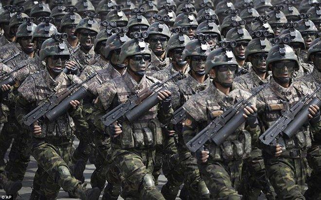 Hinh anh Vu khi Trieu Tien khoe trong le duyet binh la do gia 5