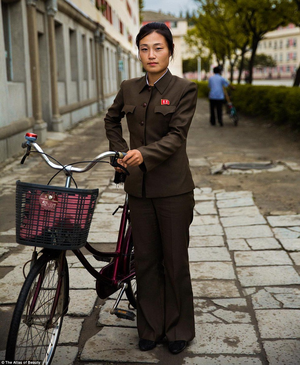 2D328F2A00000578-3264959-Bicycles_are_the_most_popular_vehicle-m-22_1444317063803 7