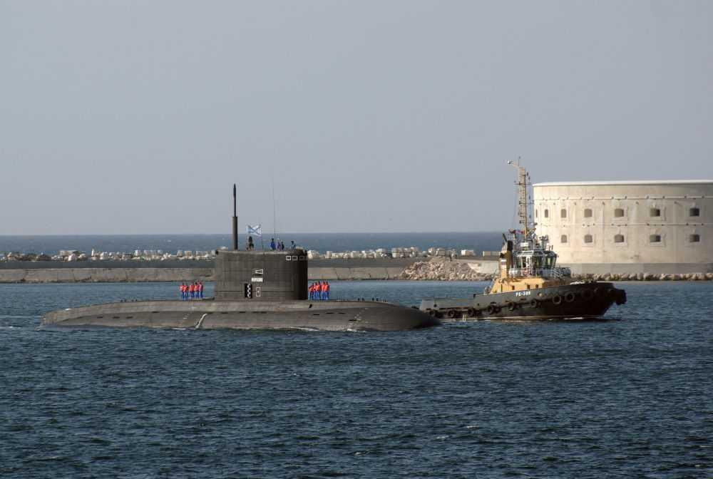 Tàu ngầm diesel/điện lớp Varshavyanka với khả năng tàng hình tối tân