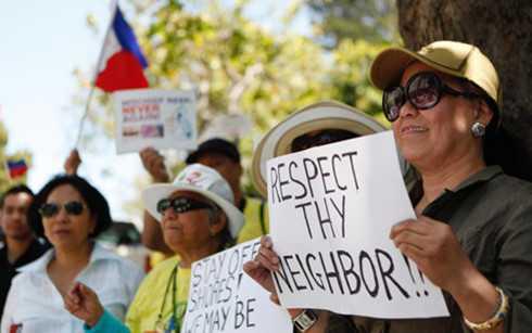 Người dân Philippines trong một cuộc biểu tình phản đối Trung Quốc