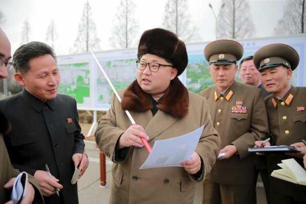 Nhà lãnh đạo CHDCND Triều Tiên Kim Jong-un rất tức giận về vụ bỏ trốn vừa qua của phó đại sứ Thae Yong-ho - Ảnh: Reuters