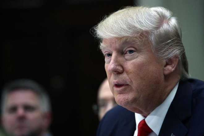 Lenh trung phat Iran dau tien cua Tong thong Trump hinh anh 1