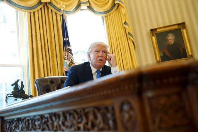Trump trach Obama da 'de' Trung Quoc xay dung o Bien Dong hinh anh 1
